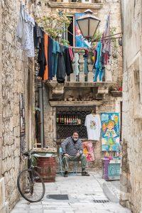 Street trader in Trogir