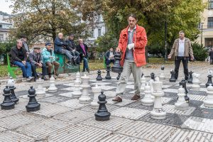 Chess players in Liberation Square (Trg Oslobodjenja)