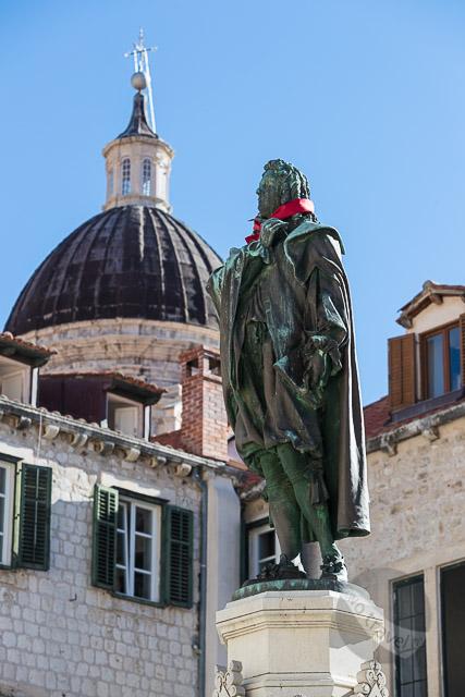 Red Cravat statue, Dubrovnik